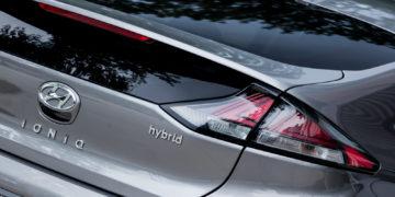Hyundai_Ioniq_Hybrid_Premium_33