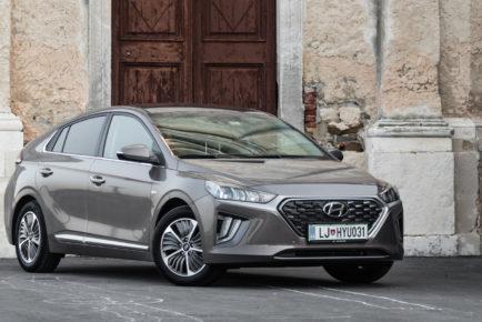 Hyundai_Ioniq_Plug-in_Impression_001