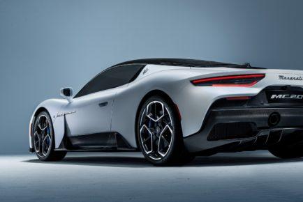 2021-Maserati-MC20-11