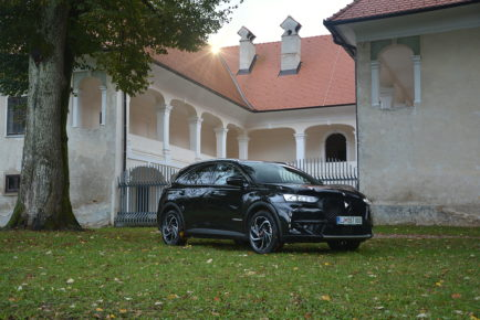 DS7 CROSSBACK 01