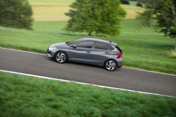 hyundai-all-new-i20-driving-10