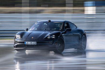 Porsche-Taycan-Drift-Record-6