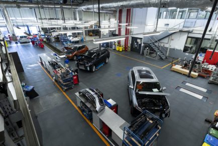 SEAT-invests-more-than-30-million-euros-in-a-pioneering-southern-Europe-powertrain-test-centre_01_HQ
