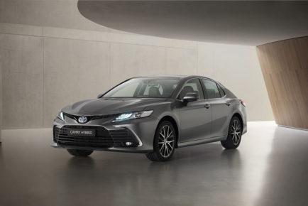 Toyota_Camry_Hybrid_7
