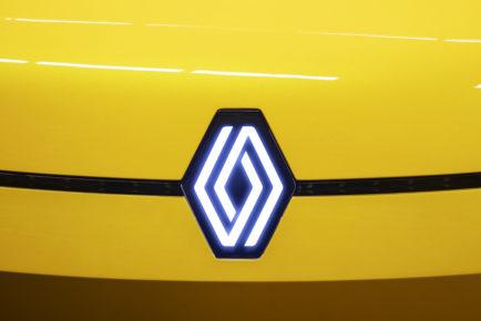 2-2021 - New Logo Renault