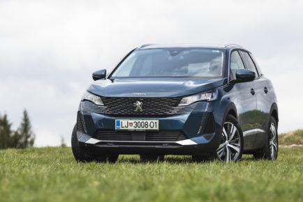 Peugeot_3008_15_BlueHDi_EAT8_Allure_Pack_001
