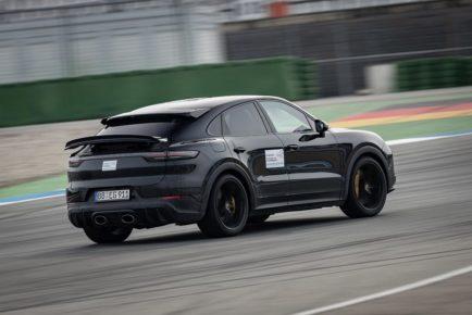 Walter Röhrl  Porsche Cayenne (3)