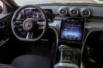 Mercedes-Benz razred C (17)