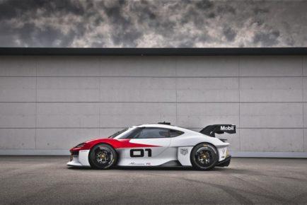 Porsche Mission R (1)