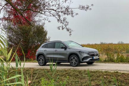 Mercedes EQA (1)